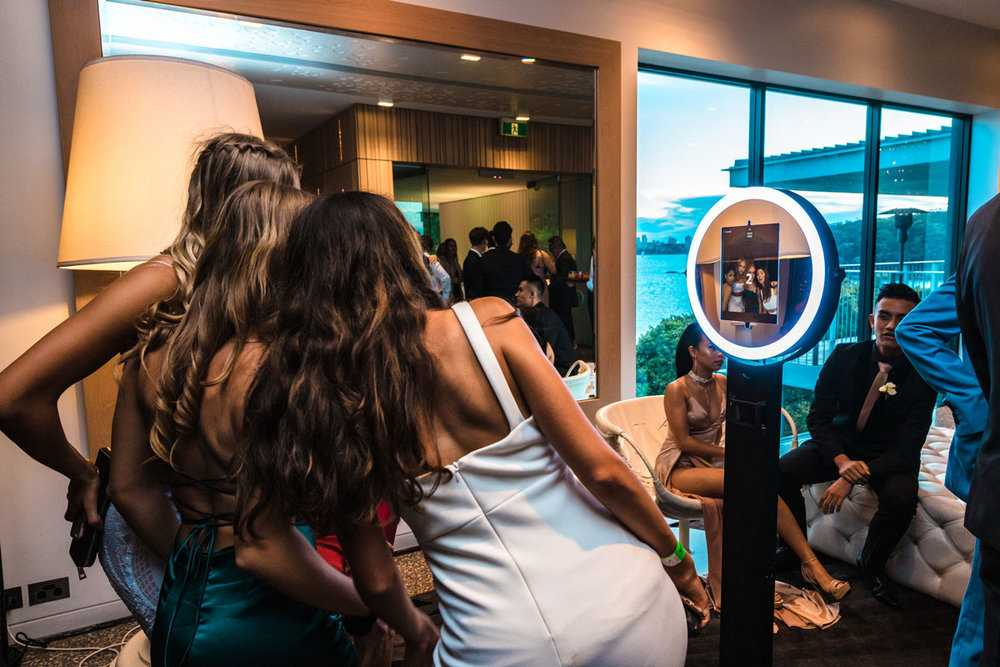 Take Advantage Of Photo Booth Hire In Sydney